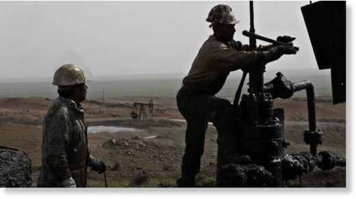 syrian oil workers