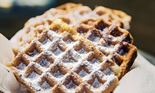 waffles powdered sugar
