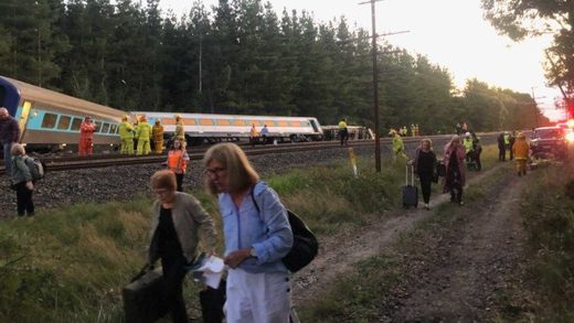 Sydney to Melbourne XPT derailed
