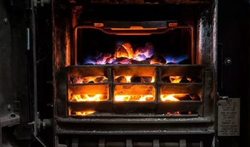 Gov Bans Homes From Using Coal And Wood