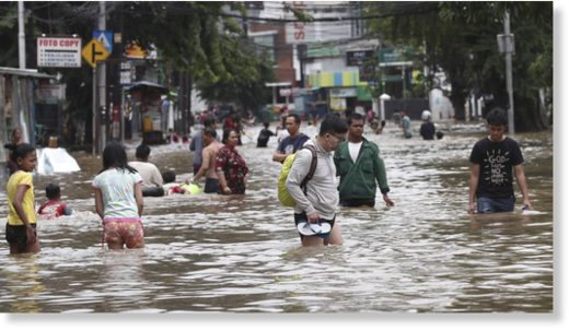 Right away rains triggered rivers to burst their banking companies in larger Jakarta sending muddy drinking water into residential and commercial places, inundating 1000's of houses and paralyzing elements of the city's transport networks, officers said.