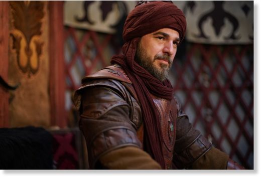 Engin Altan Düzyatan in and as Ertugrul Gazi