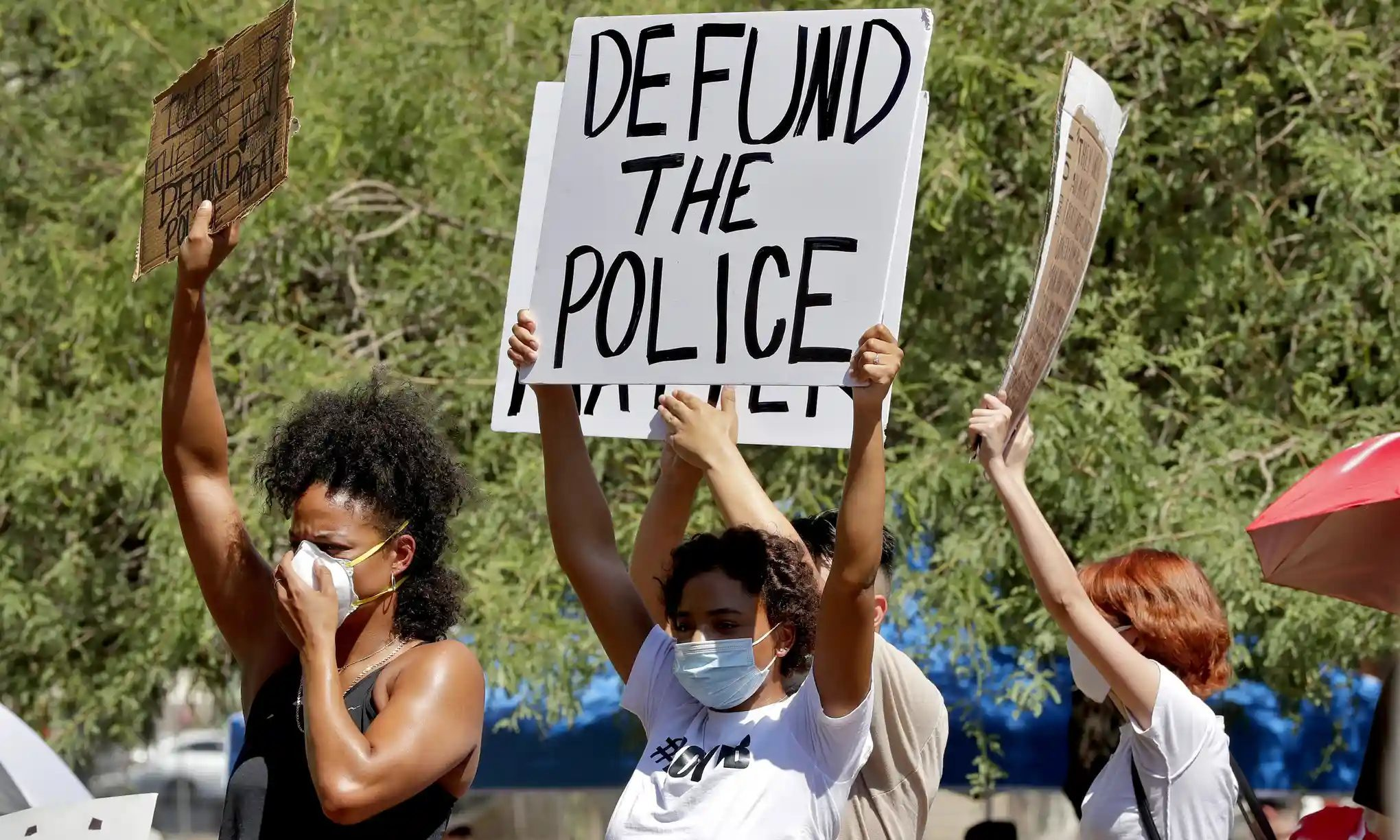 Movement To Defund Police Gains Unprecedented Support Across Us Society S Child Sott Net