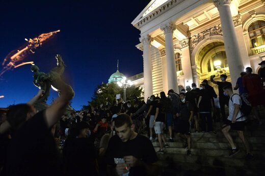 Serbia lockdown protest