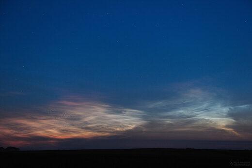 red noctilucent cloud