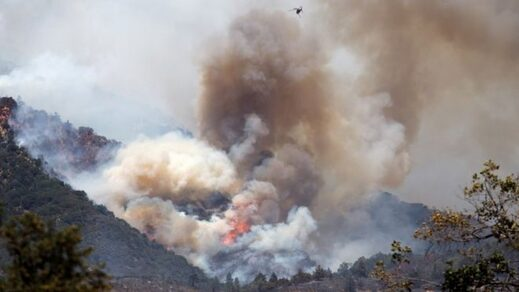 Apple fire, California