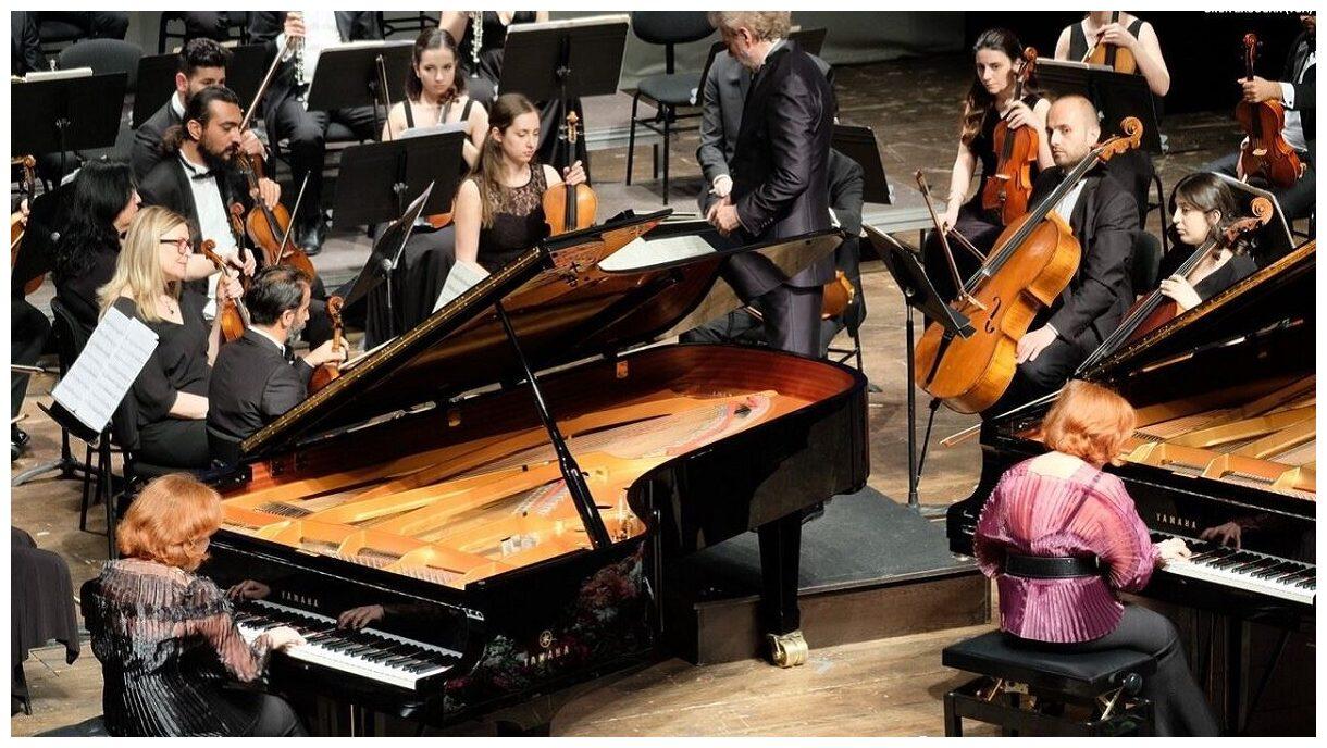 200916_Pianists.jpg