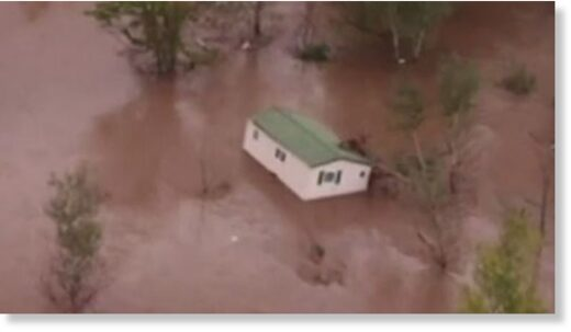 Mobile home floats away in France floods