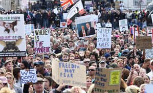 London Trafalgar square protest lockdown