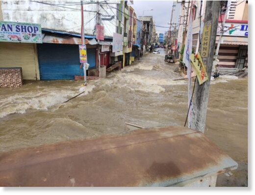 Floods in the streets of Hyderabad, October 2020.