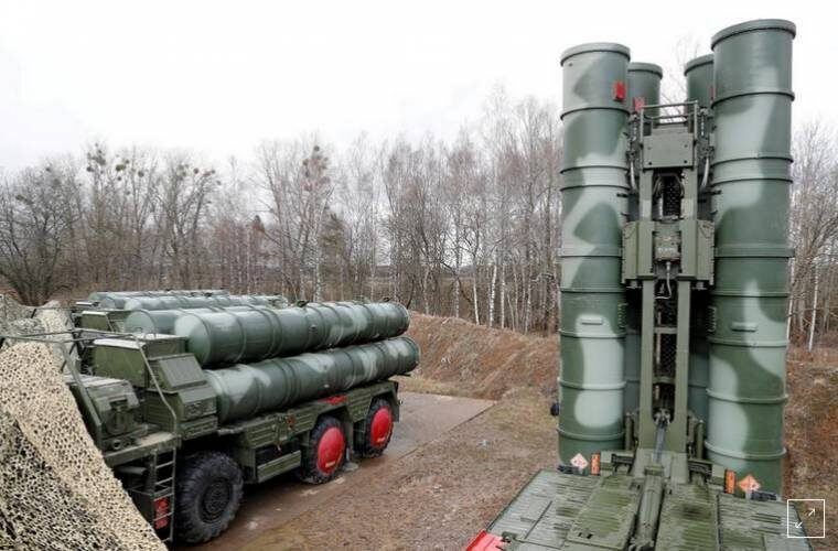 Video shows missile trail that may be Turkey's test of S-400, prompting warning from US
