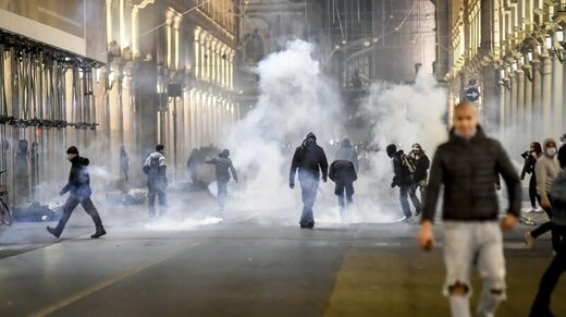 italy protest lockdown