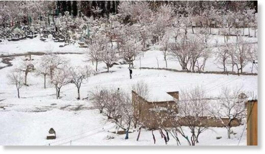 Second spell of heavy snowfall continues in Galyat