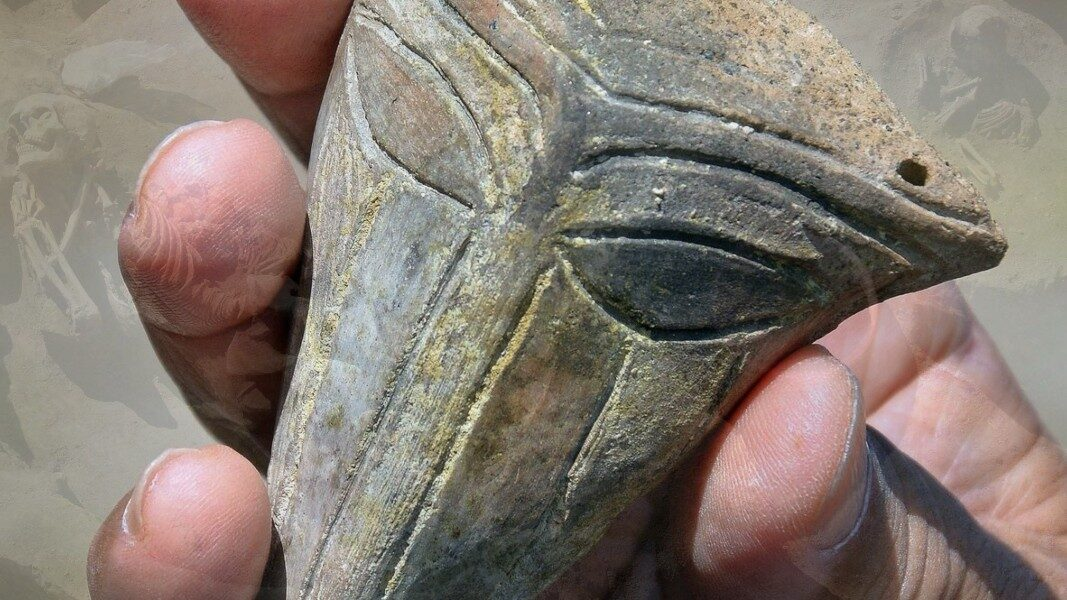 Mouthless 'alien mask' found at late Chalcolithic mound in Bulgaria