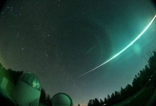Meteor fireball sighted by 90 observers over Germany