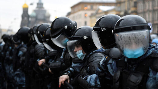 russia riot police