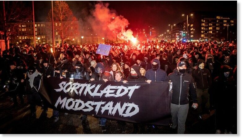BEST OF THE WEB: Anti-lockdown protesters in Denmark burn effigy of PM, brawl with police