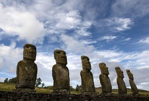Moais Easter Island Mystery