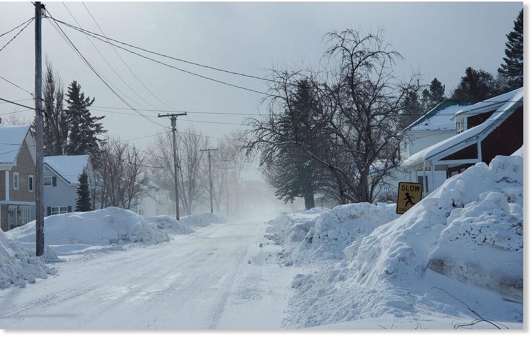 SH_Turner_Street_blowing_snow_.jpg