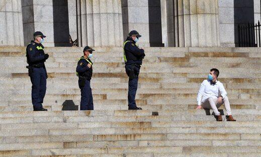 covid police lockdown
