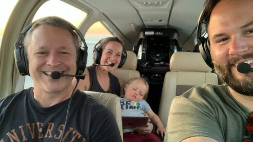 pilot flies family child facemask southwest airlines