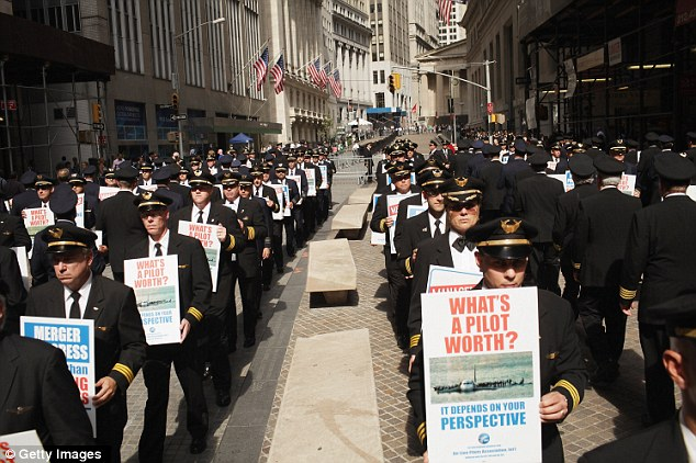 Wall Street Occupied! 700 airline pilots join swelling protest in New York City