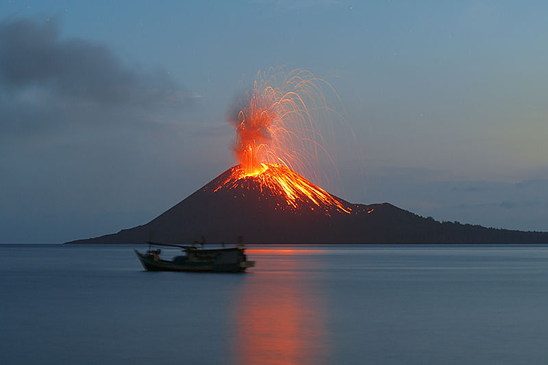 Indonesia: Is the Anak Krakatau Volcano About to Blow ...
