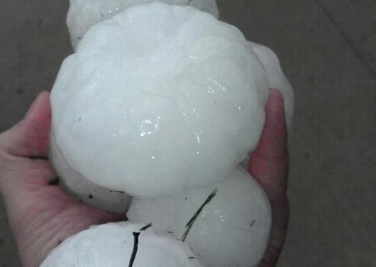 Softball-Sized Hail Smashes Storm Chaser's Windshield | NBC 5 ...