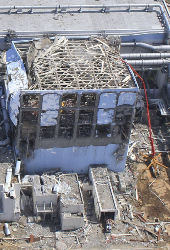 Fukushima: Dangerous Risks Being Ignored to Cut Costs