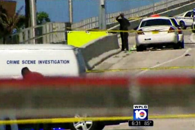 Naked Man Shot, Killed by Miami Police after Allegedly Chewing Another Man's Face