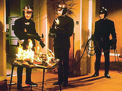 the use of symbolism in ray bradburys fahrenheit 451 Many major symbols appear in the titles bradbury uses in the novel the title of the novel, fahrenheit 451 is symbolic because it is the temperature at which paper burns.