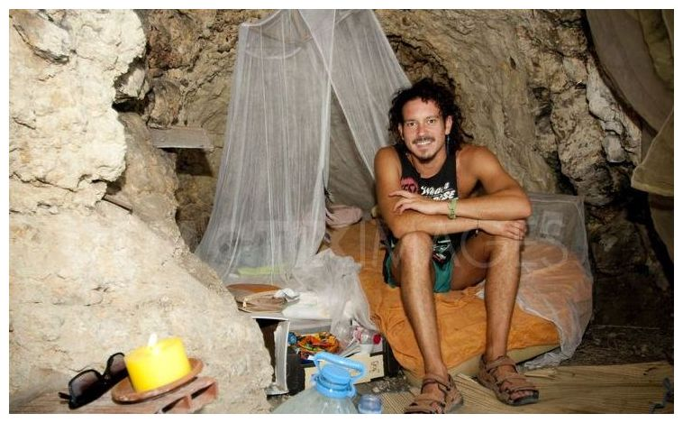Young Unemployed Spanish Graduates Living In Caves