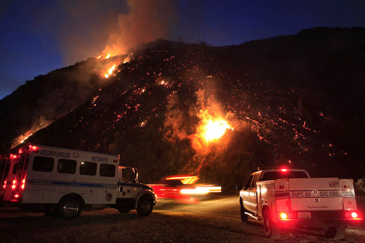 Angeles National Forest fire