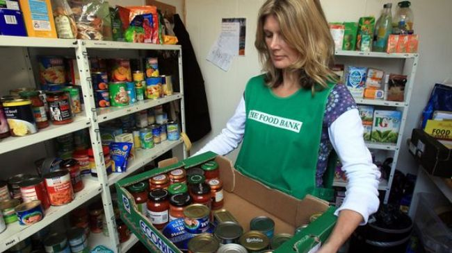 Crumbs for the masses: Food banks help Britons satisfy hunger