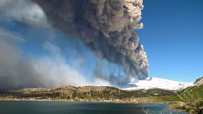 Increased activity at Copahue volcano on the border of Chile and Argentina - authorities in both countries on alert