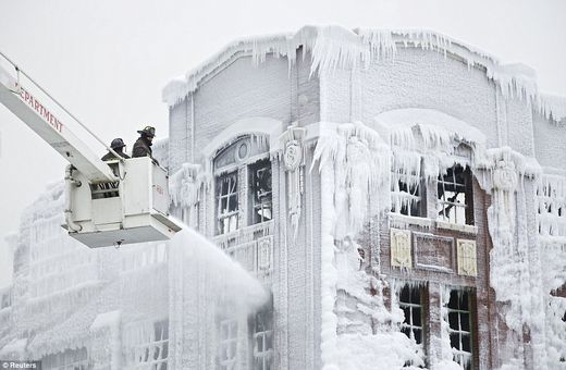 Chicago ice fire