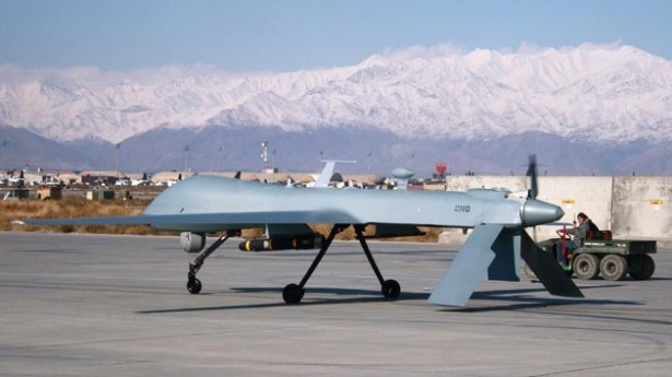 Former Defense Secretary Robert Gates endorses 'drone courts'